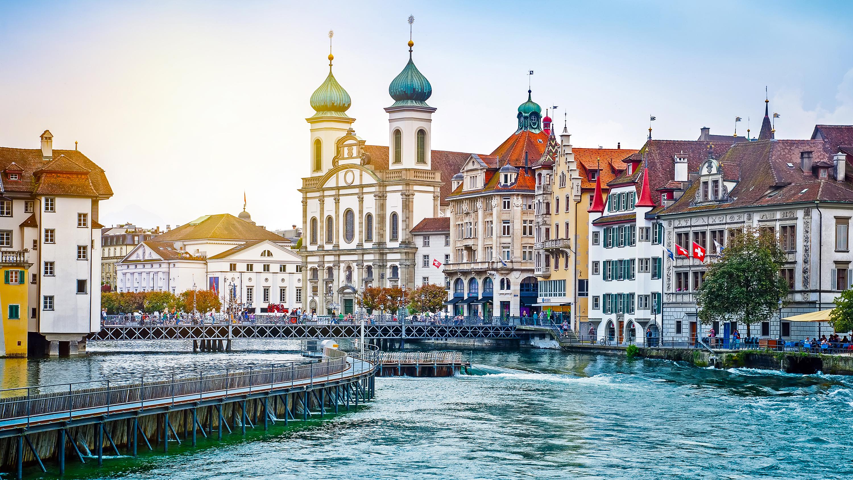 Как переехать в Швейцарию на ПМЖ из России?