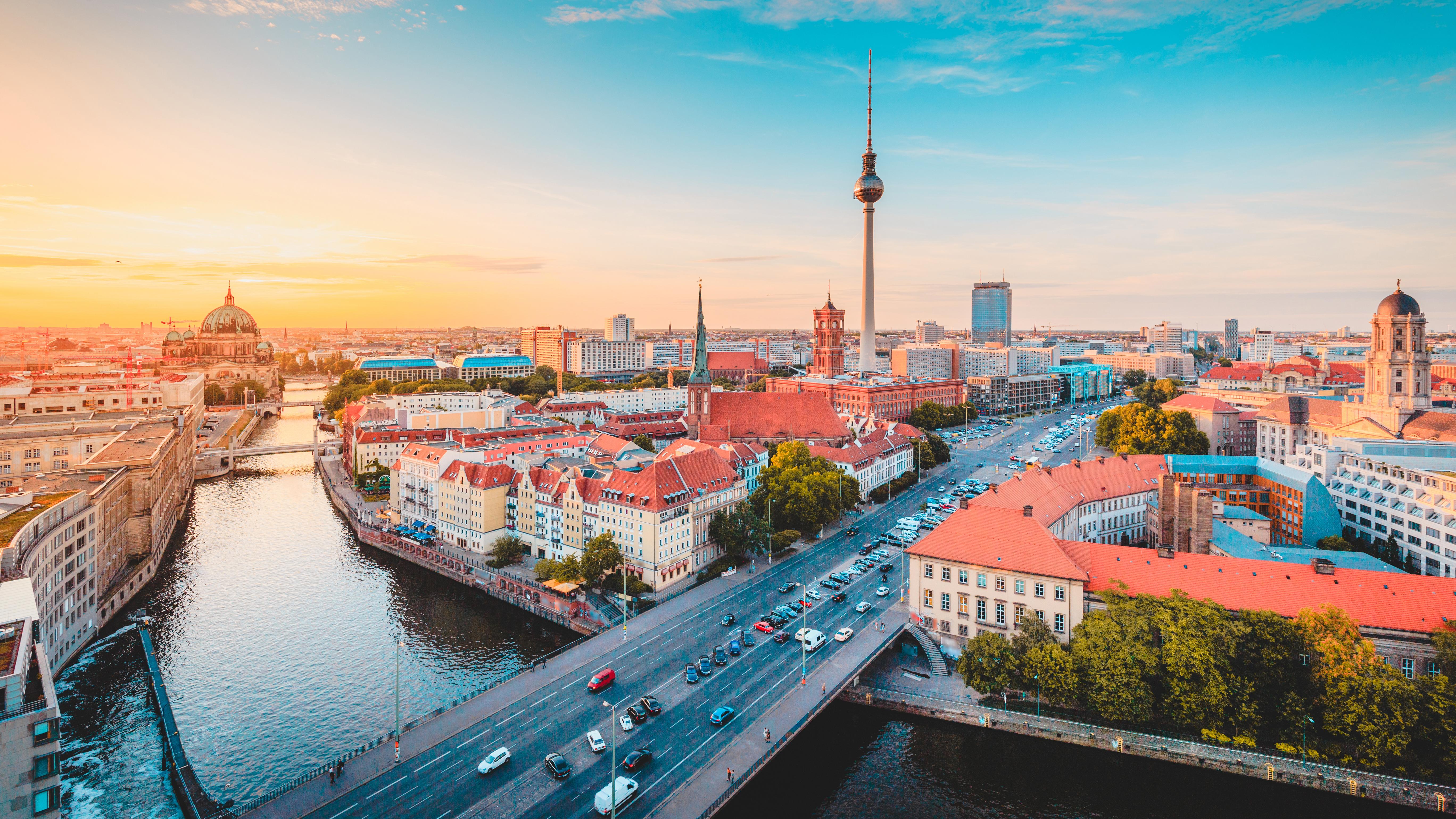 Как переехать в Германию на ПМЖ из России и других стран СНГ