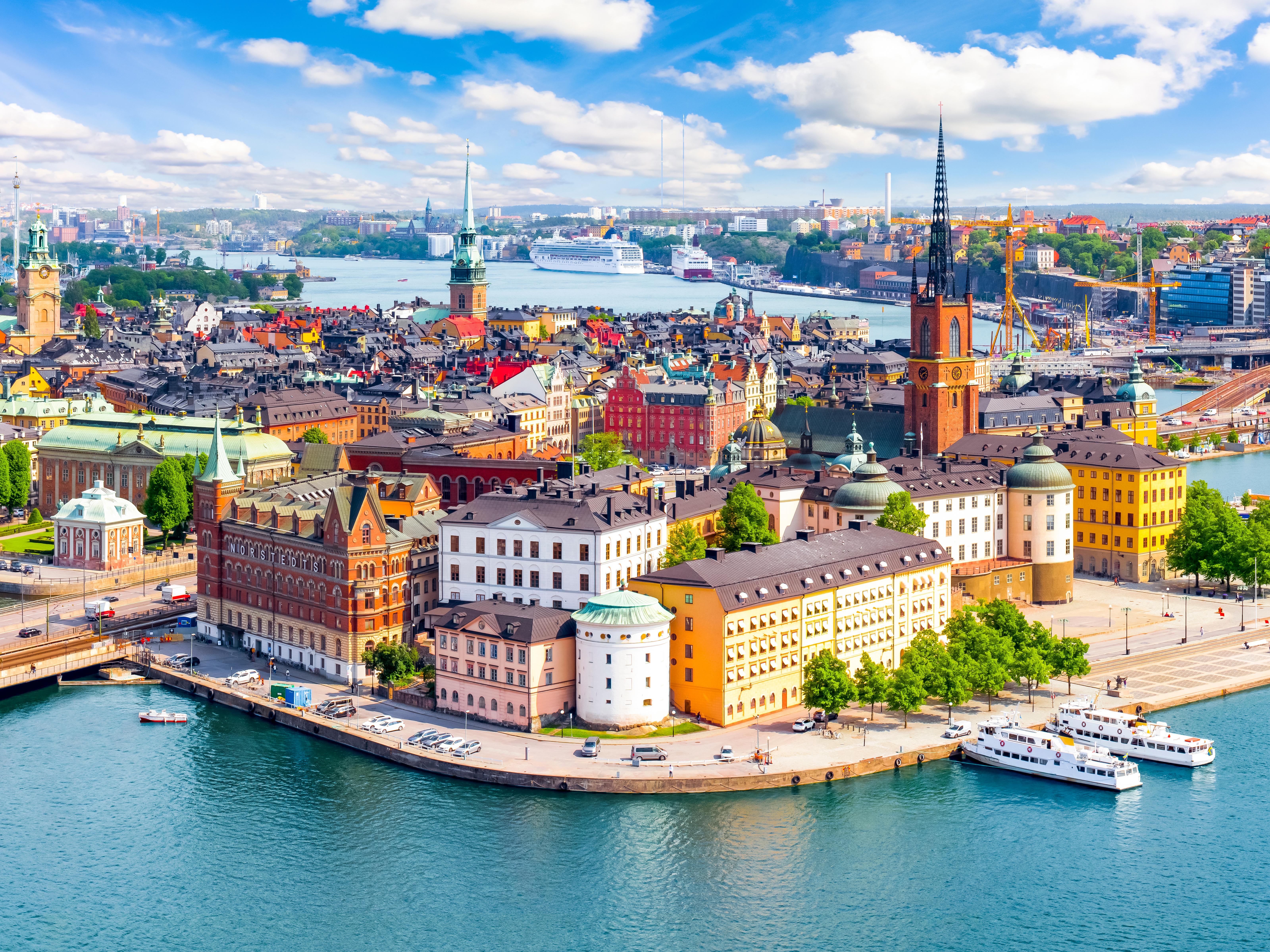 Стокгольм, город в Швейцарии, ВНЖ которой могут получить иностранцы