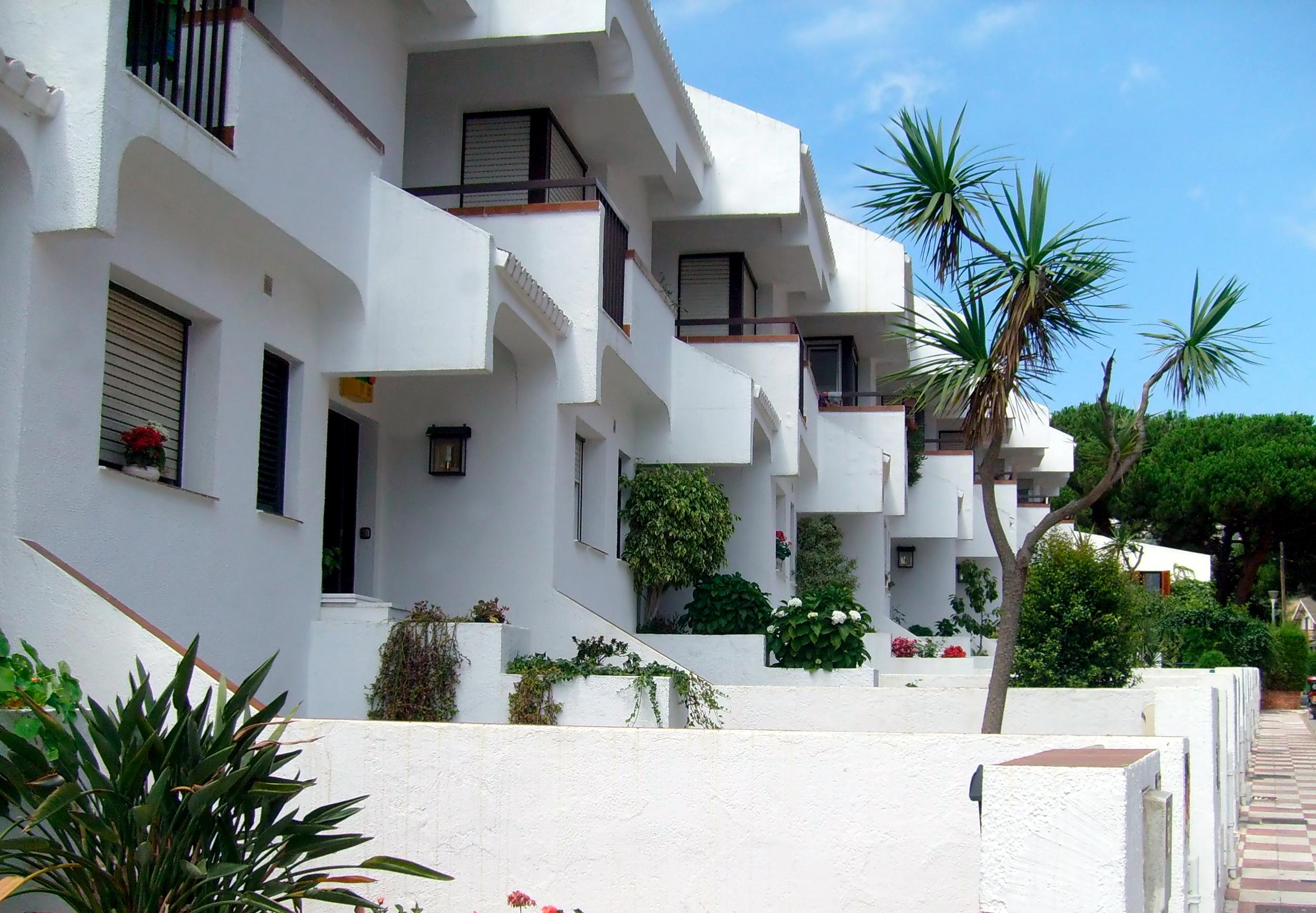 Дома в Испании, ВНЖ которой можно получить, купив недвижимость в стране