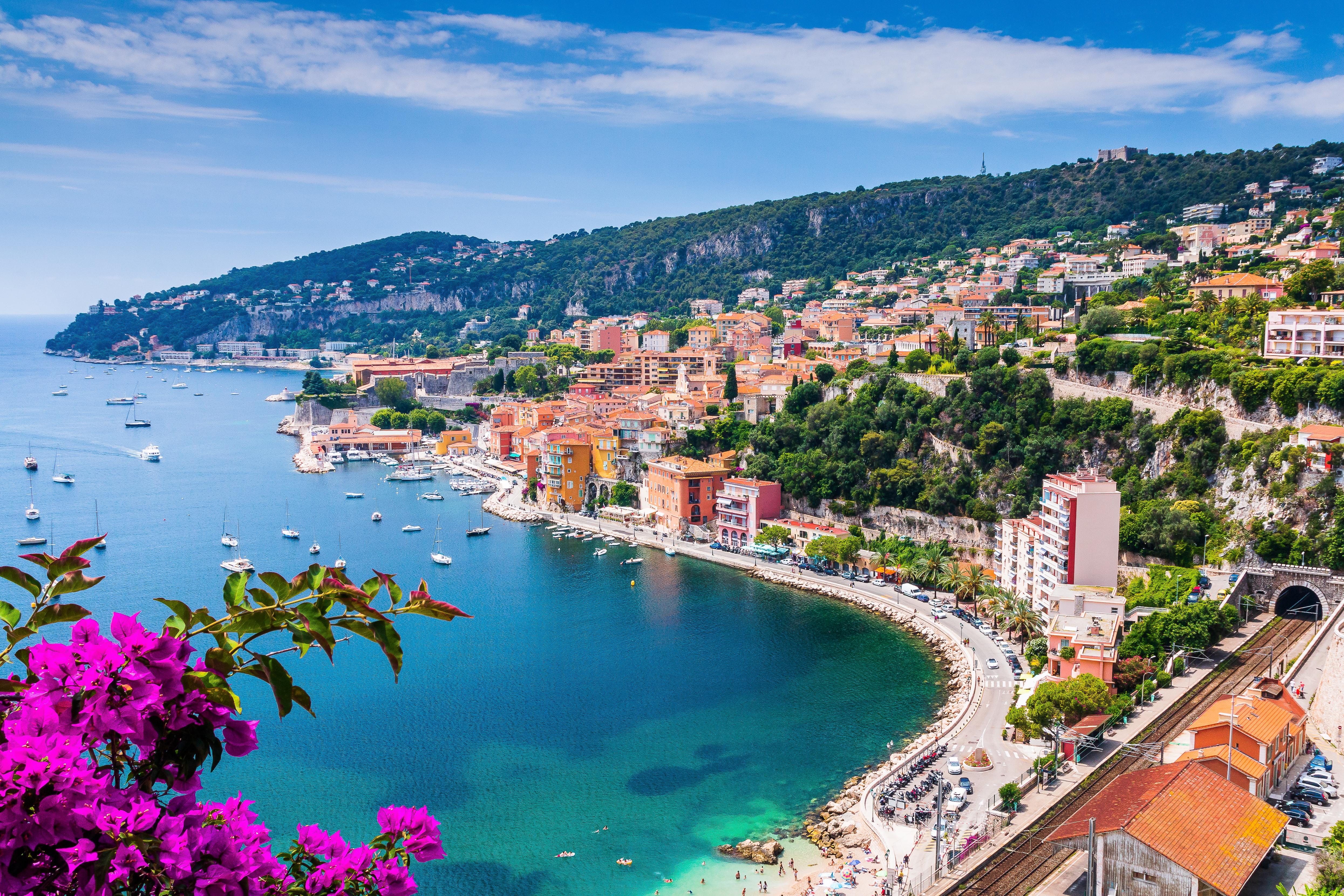 Современные дома на побережье Франции, которые могут приобрести иностранцы