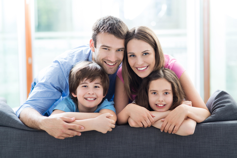 Семья владельца недвижимости в Черногории, которая может получить ВНЖ в стране вместе с ним