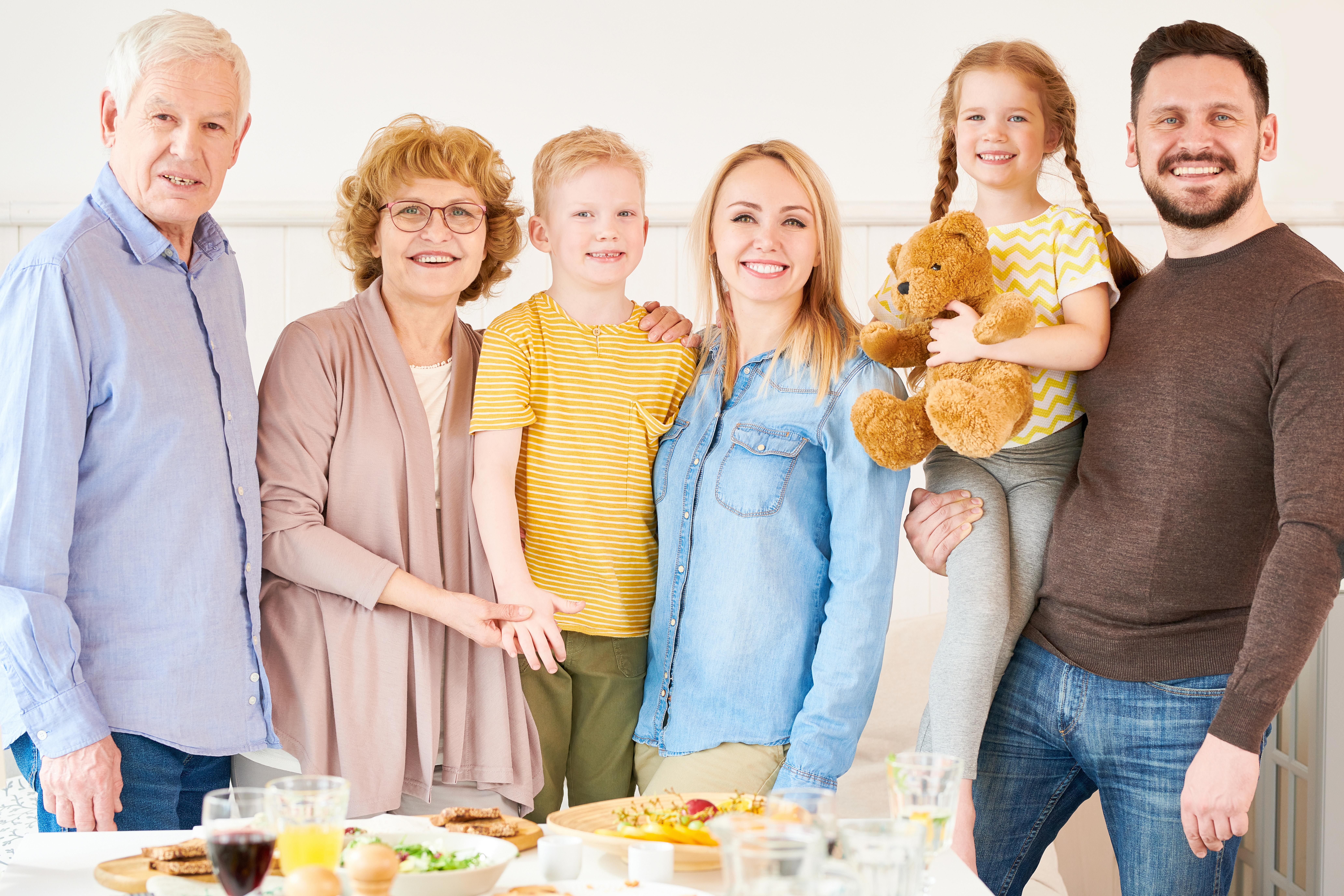 Воссоединение семьи как способ получить ВНЖ и ПМЖ Словакии