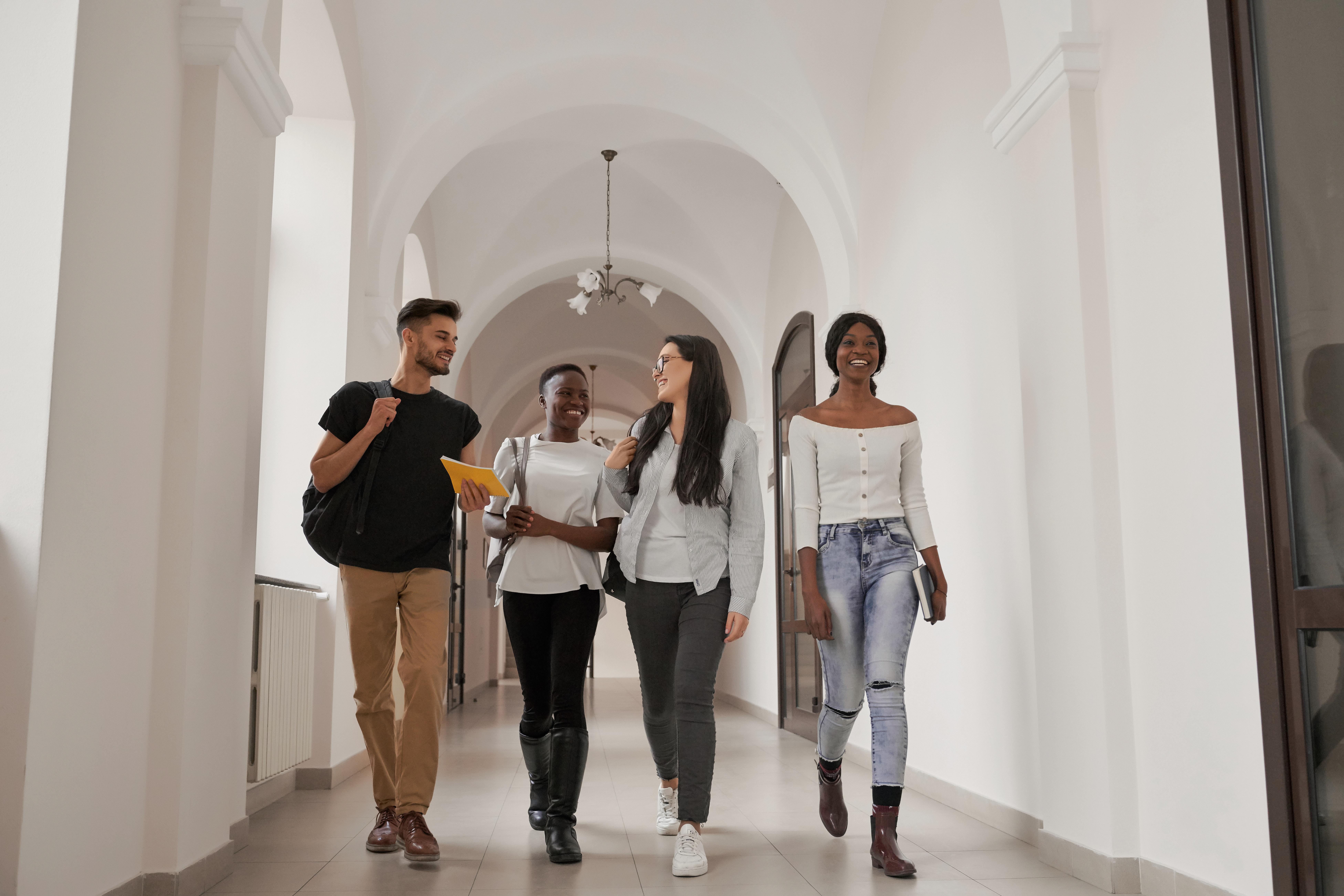 Студенты, которые могут получить ВНЖ Словении по учебе
