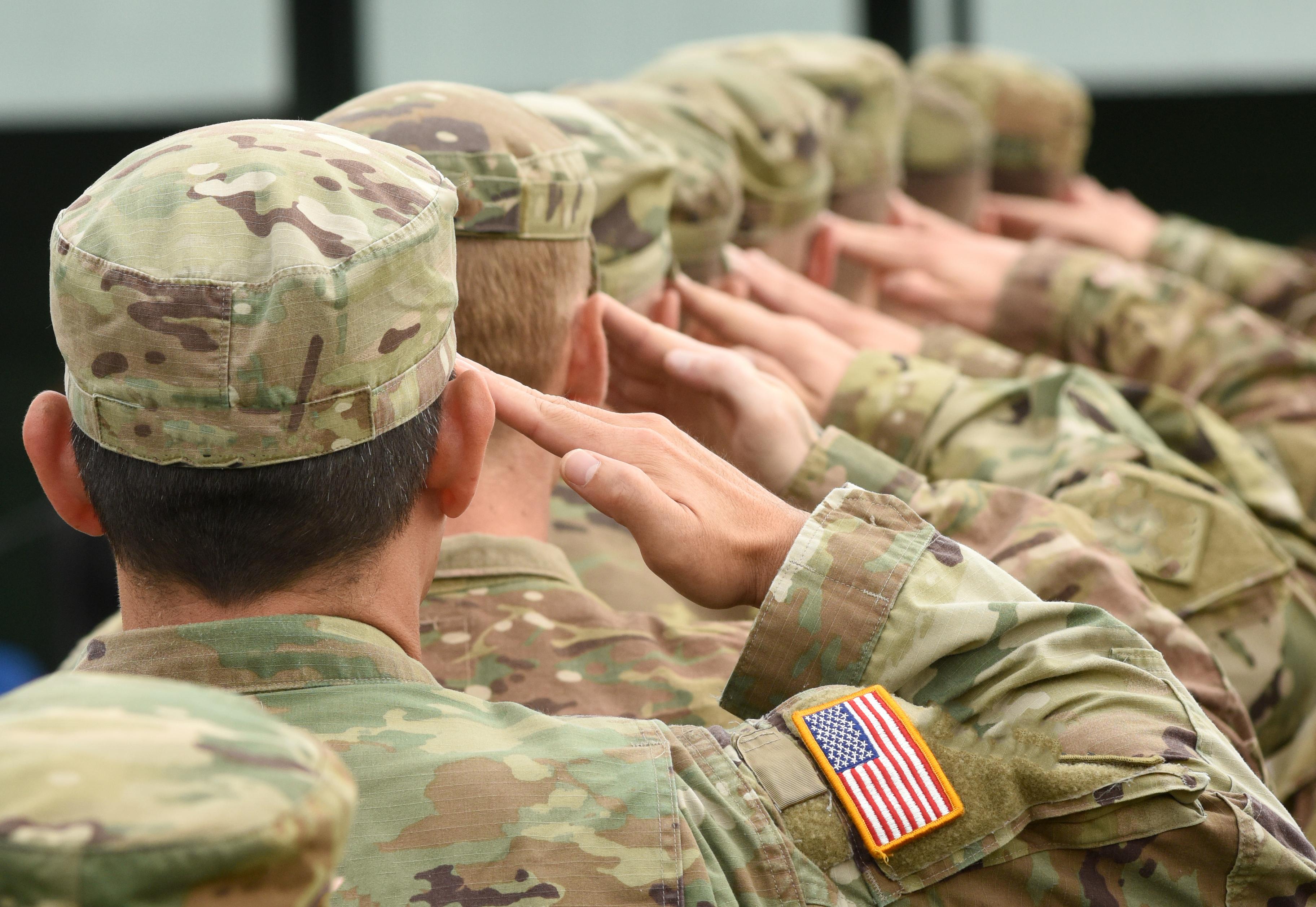 Служба в армии, благодаря которой иностранцы могут получить паспорт США