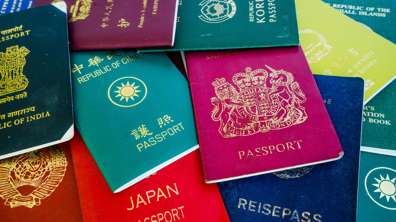 10 лучших паспортов мира: возможности их граждан